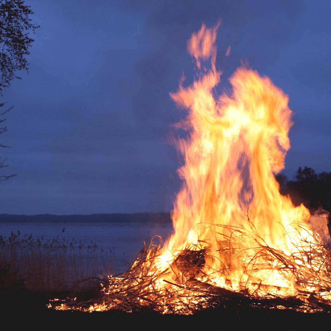 Öppettider Valborg och första maj